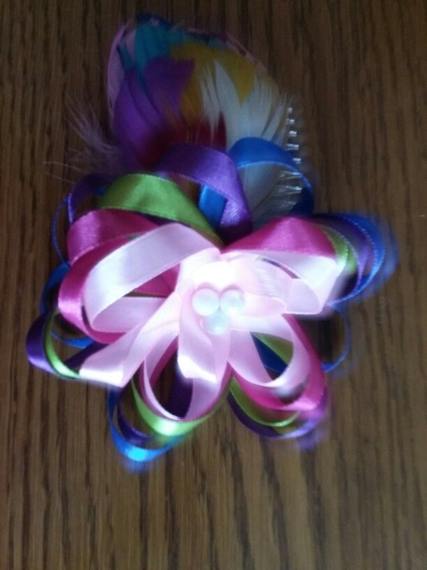 Hair fascinator made by 'Fascynatory Natalii'