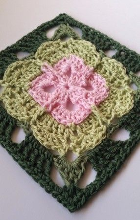 Garden Gate V2 by Shelley Husband 2014 Free Pattern D&P ~free crochet patterns~