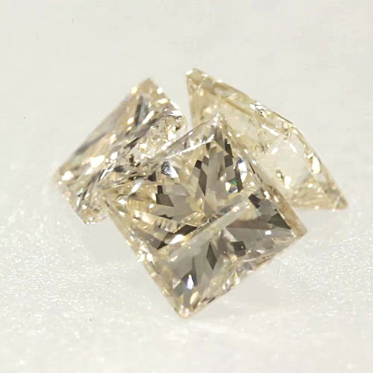 0.047 ct Champagne-C3 I1 Clarity 2.00x1.87x1.46 mm Princess Cut Natural Diamond