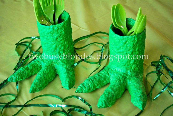 utensil holders! for dino party...  TWO BLONDES Enthusiastically Creating and you can kiss our Crafts.: Dinosaur {{3in1}} post! Party Ideas ~ PAPER MACHE