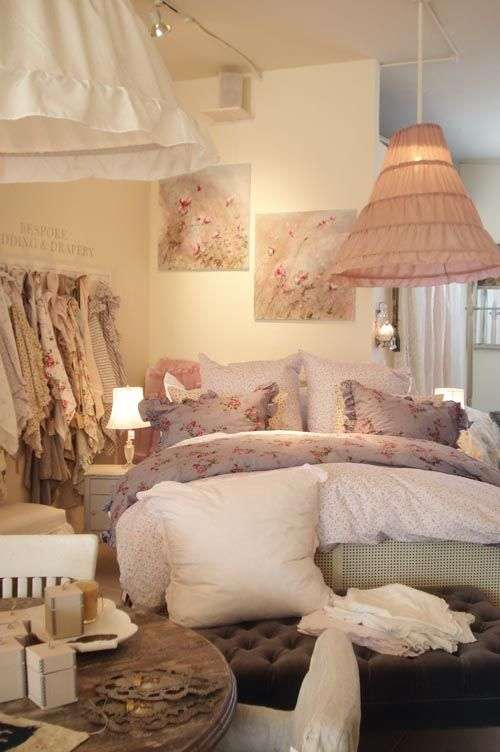 Shabby Chic Solid Colors With Floral Accents Pastel Color Palette Mostly Pink Used In This One Bed Looks Extremely Comfortable