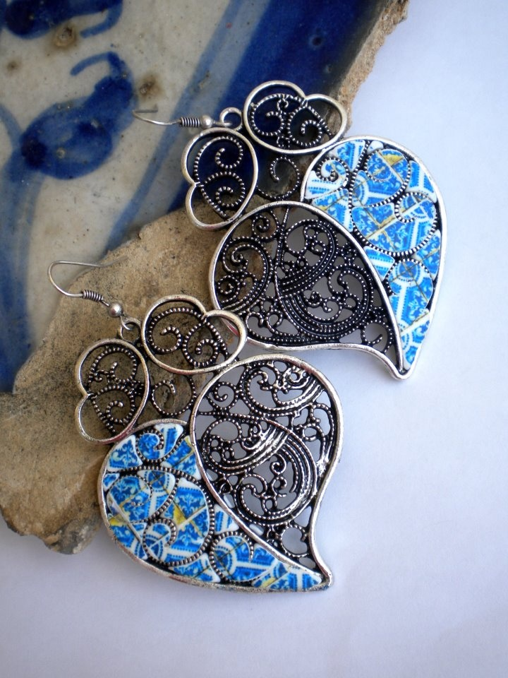 Royal Blue Azulejos from Aveiro in Filigree Hearts