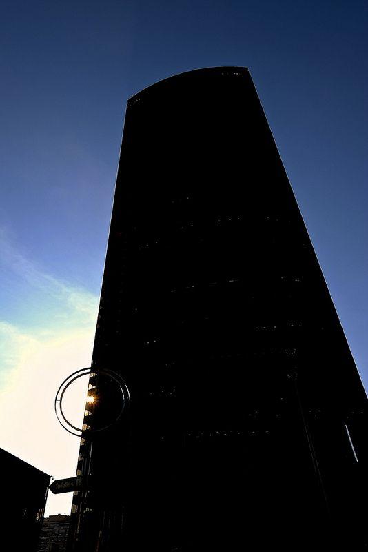Le monolithe (2001 A space odyssey cover) - la tour Montparnasse