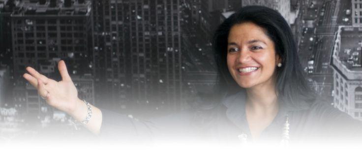 Alexandra Lemos - Licenciada em Engenharia Química pelo Instituto Superior Técnico, com pós-graduação em Ciências Empresariais, área de especialização em Marketing, pela Faculdade de Economia do Porto, possui mais de 17 anos de experiência profissional em PMEs e numa multinacional de referência.