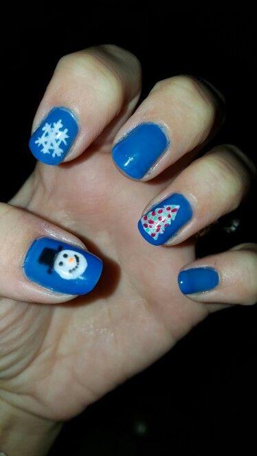 Left hand Christmas nails 2015