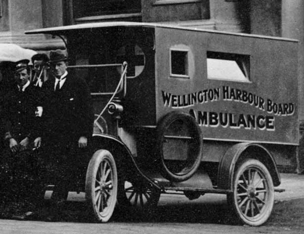 Wellington Town Hall during the influenza pandemic