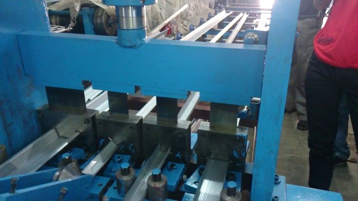 Gypsum Channel roll Forming Machine is a vertical member in the light frame construction techniques called balloon framing and platform framing of a building's wall. Gypsum Channel roll forming machine is the essential for its production.