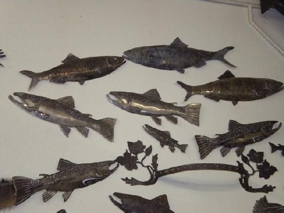 Silhouette metal wall fish art metal art old iron art for Fish metal wall art