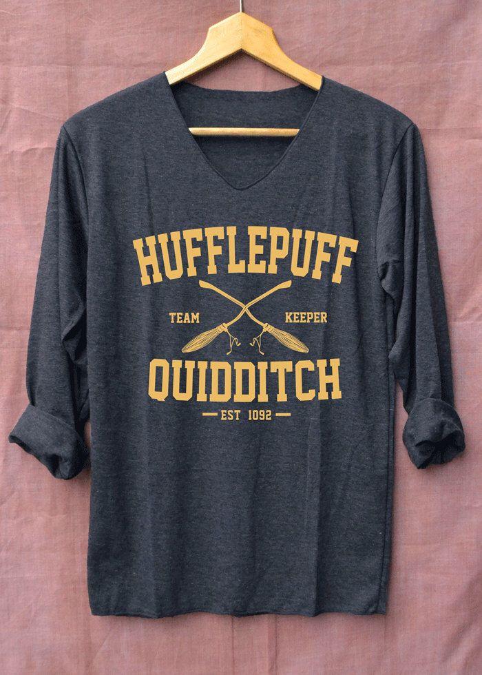 Nouveaux maillots de Harry Potter Quidditch Poufsouffle noir à manches longues unisexe adultes taille S M L XL par topsfreeday sur Etsy https://www.etsy.com/fr/listing/480592317/nouveaux-maillots-de-harry-potter