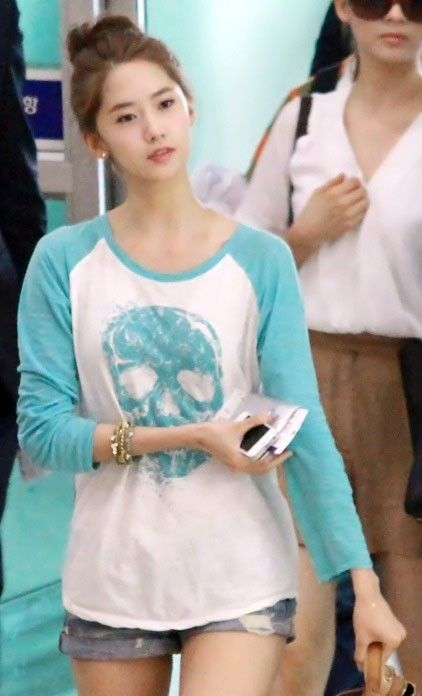 Yoona  #SNSD #Kdrama #LoveRain Come visit kpopcity.net for the largest discount fashion store in the world!!