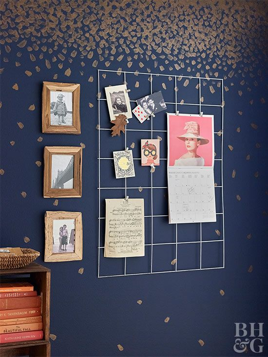 Create a simple card display for your home office, entryway, or bedroom using steel remesh.