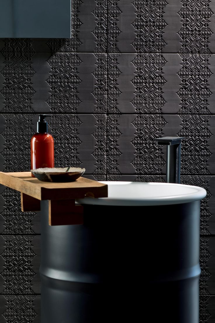 61 best cramique ceramic collections images on pinterest bas relief de mutina dailygadgetfo Gallery