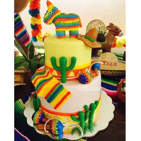 No hay mejor día para compartirles este  pastelito que hicimos para un baby precioso...nos encantó el tema porque amamos México!!! @zaydaalpuche @eventoswhiteliberty #alamexicana #poramoraméxico #orgullosamentemexicana #orgullosamentechetumaleña #vivamexico #ilovemexivo #méxico #geliciouschetumal #geliciouschetumalinfantiles #quebonitoesmexico #coloresmexicanos #chetumal