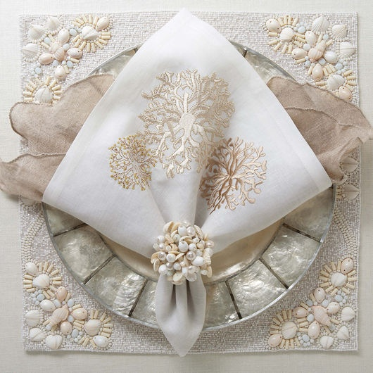 The Round Coral Napkin with its beige coral design against the white linen adds the elegant touch your table needs. Find luxurious Kim Seybert designs at ... & 121 best Neat napkins! images on Pinterest | How to fold napkins ...