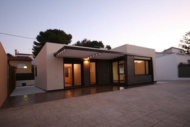 7 best casas modulares images on pinterest architecture - Casas modulares barcelona ...