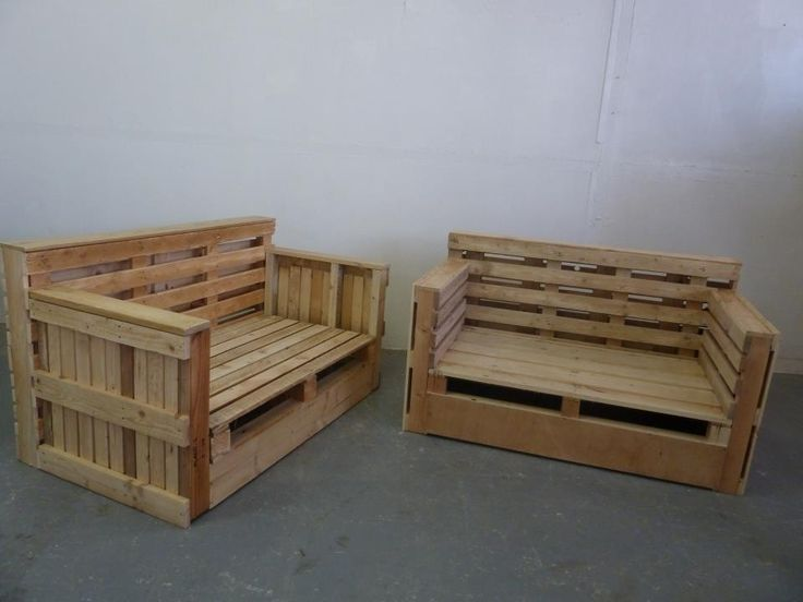 Pallet sofa armchair from repurposed pallets pallet for Divan exterieur palette
