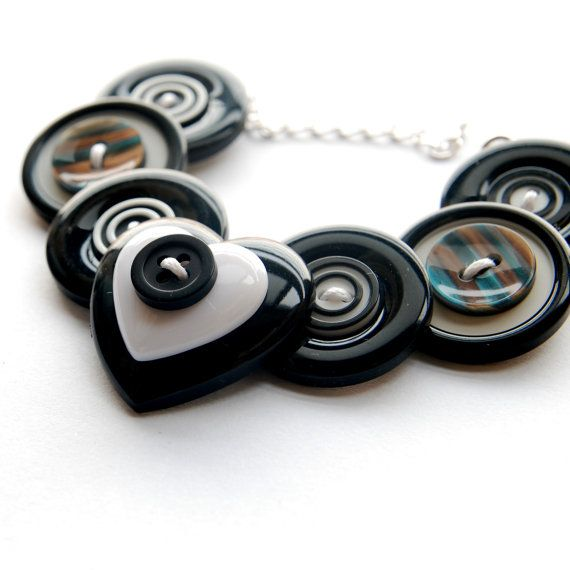 Best Jewelry With Buttons Images On Pinterest Button Crafts - Bright diy layered button necklace