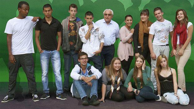 14 Jugendliche im Berufsvorbereitungsjahr. Manche träumen von einem bestimmten Beruf, andere haben noch keine Ahnung, was sie werden möchten. Doch keiner konnte bisher eine Lehrstelle finden. Das soll sich im zehnten Schuljahr an der Fachschule Viventa in Zürich ändern.