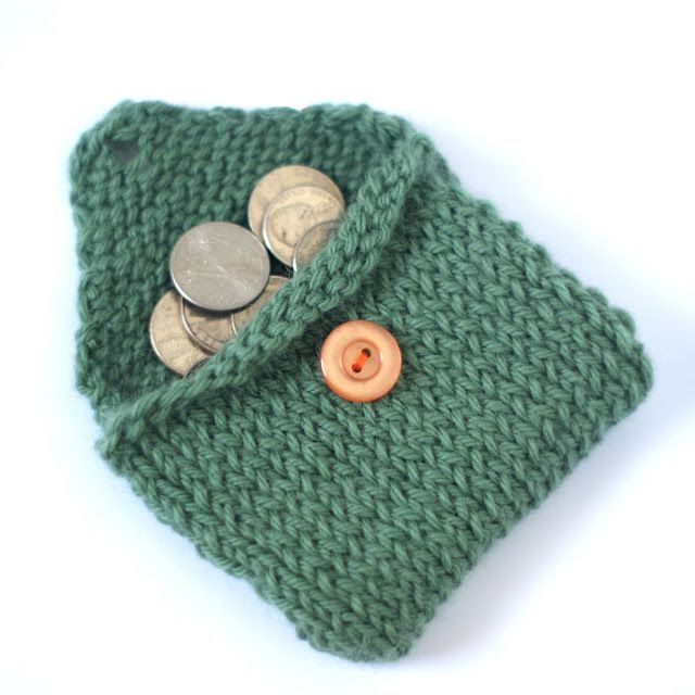 Cute Easy Knitting Ideas : Knitted coin purse probably took less than an hour to