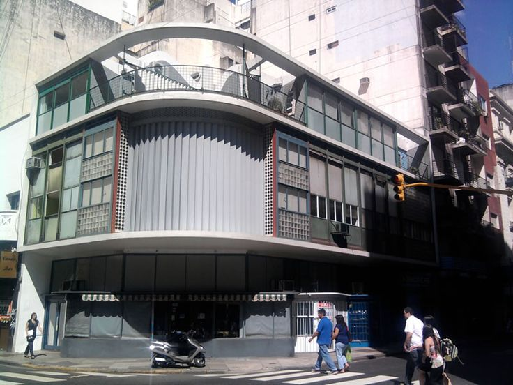 noticias arquitectura / blog: Moderna Buenos Aires / Ateliers para Artistas - Antonio Bonet Castellana + Horacio Vera Barros + Abel López Chas - 1939. http://noticiasarquitecturablog.blogspot.com.ar/2011/10/moderna-buenos-aires-ateliers-para.html
