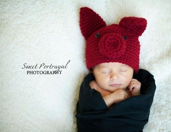 Razorback hat: this is adorable one of these days i will have a hat just like this for my little one!!! :)