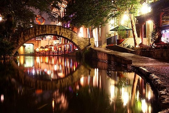 Riverwalk   San Antonio, TX  I want to go back so I remember it this time!