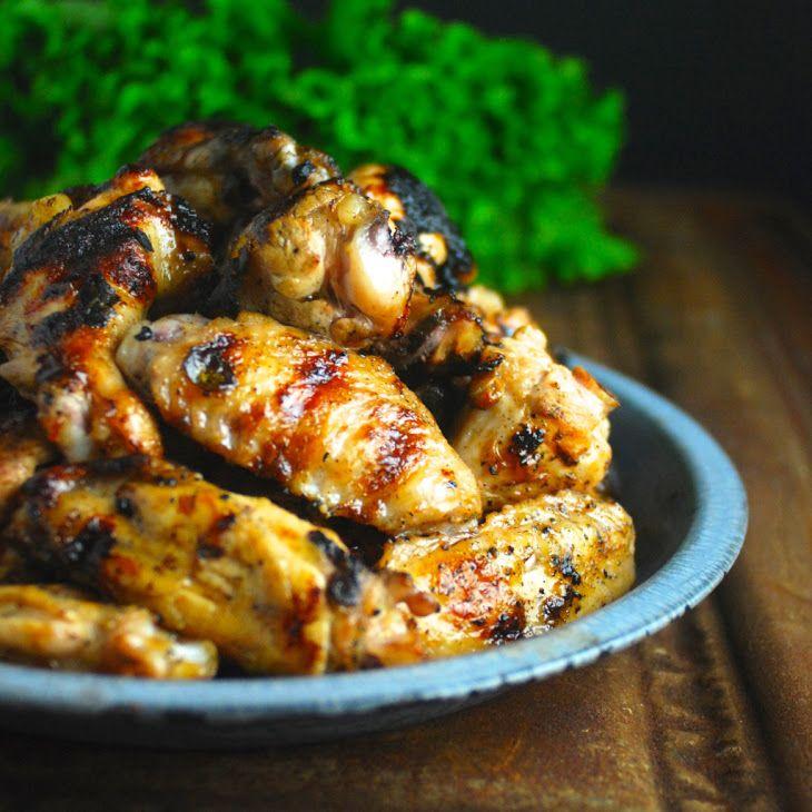 Garlicky Lemon Cuban Chicken Wings Recipe with 440 calories. Includes drummettes, fresh lemon juice, olive oil, garlic, sea salt, fresh oregano, freshly ground pepper.