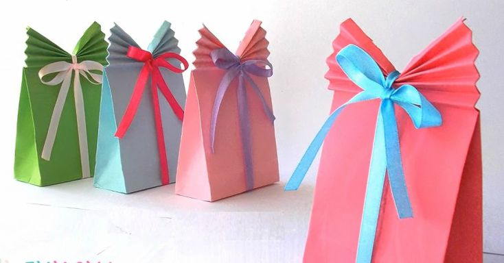 We love sharing and showing our love by picking out the perfect present, and beautifully wrapping those gifts is just one more way of showing we care. Sometimes, though, a super-small or oddly-shaped gift means we have to resort to a gift bag, and we'll...