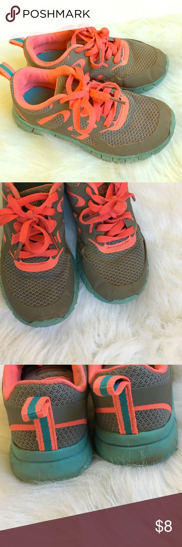 Girls tennis shoes Cute and comfy tennis shoes. Great for play time when you don't want to get your good shoes dirty! Toes a little scuffed. Danskin Now Shoes Sneakers