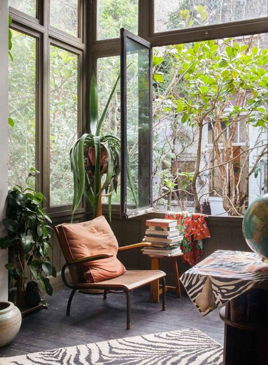 inspiring studio photo via 'where they create'. / sfgirlbybay