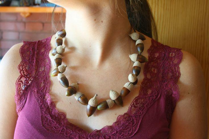 Ecoidea: Collares de bellota