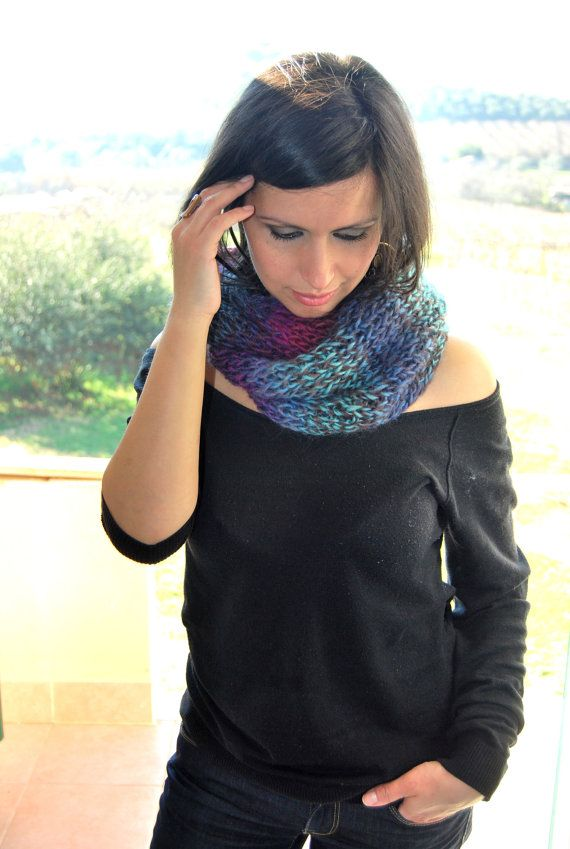 Loop scarf //infinity scarf //colorful cowl // by TheWoollyHill, €30.00