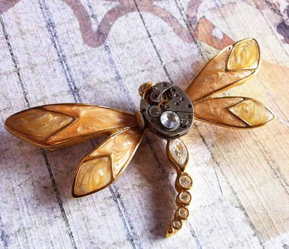 I have always loved dragonflies... something mystical about them. Plan on making more steampunk dragonflies soon!