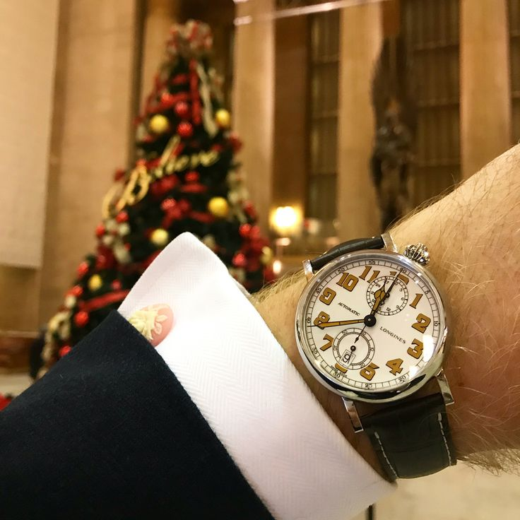 30th Street Station #Philadelphia late last night with the stunning LONGINES AVIGATION TYPE A-7 1935 41MM CHRONOGRAPH (I know I know date needs to be set. But didnt stop me from wearing!)- #watch #watchoftheday #festive #believe #instawatch #longines #longinesheritage #longinesheritage1935 - For more like this go to @bespokeunit
