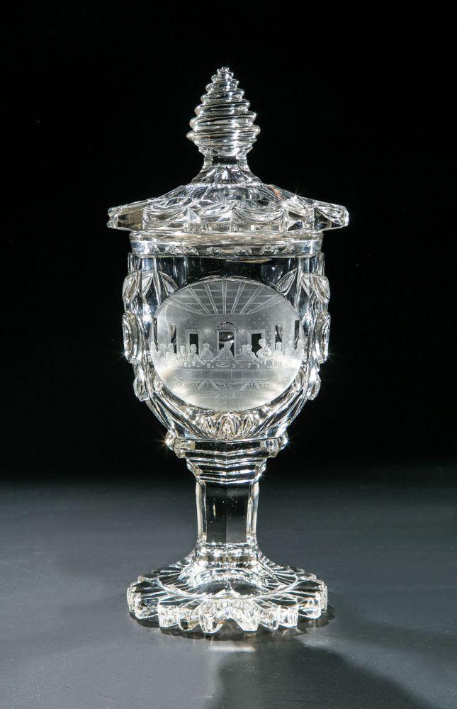 Deckelpokal mit dem Heiligen AbendmahlNordböhmen, Glas Harrach'sche Glasfabrik, Neuwelt, Schnittaus