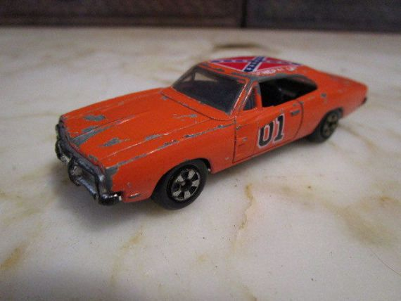 Hey, I found this really awesome Etsy listing at https://www.etsy.com/listing/516474365/vintage-dukes-of-hazard-general-lee