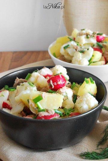 Sałatka z kalafiorem, ziemniakami, rzodkiewką i tuńczykiem 1
