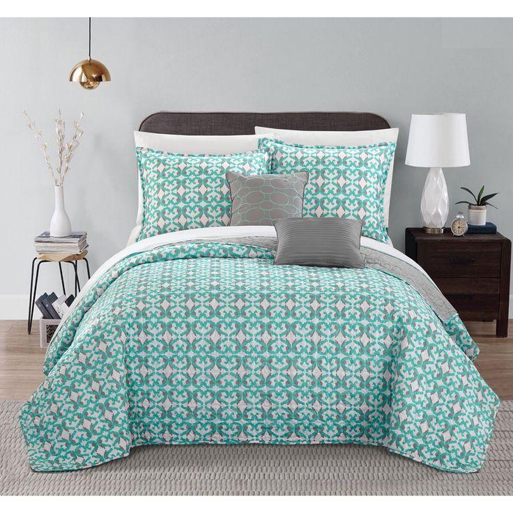 Chic Home 5-Piece Pamelia Grey and Aqua Quilted Fleur De Lis Patterned Reversible Printed Quilt Set