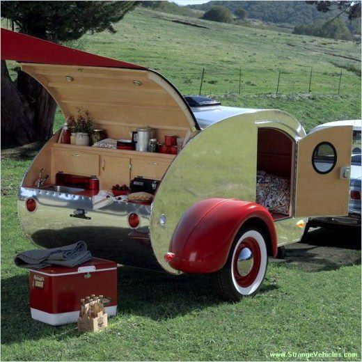 found via http://design-dautore.com/ facebook page (who always have lots of lovely vehicles)