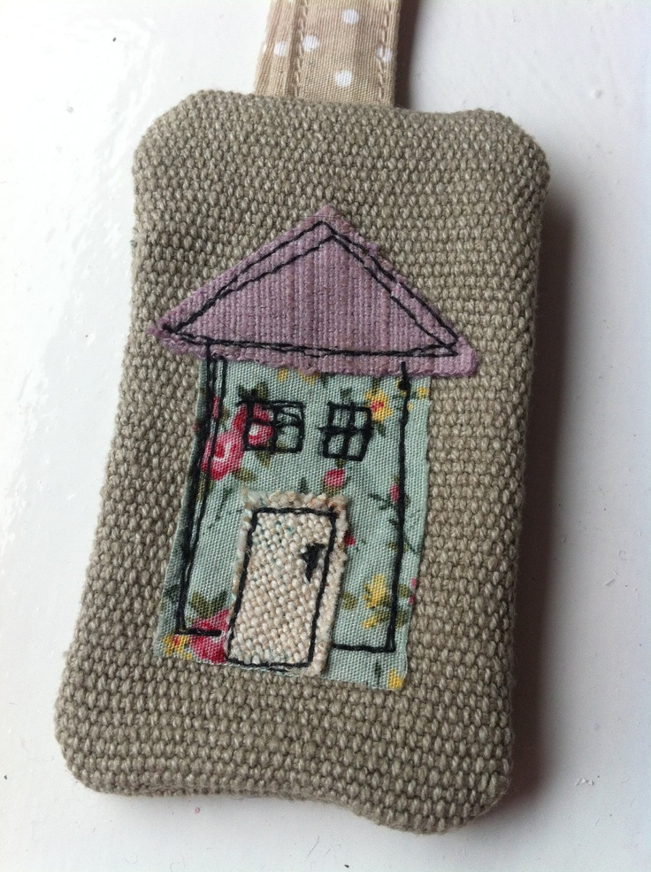 House free motion embroidery keyring.