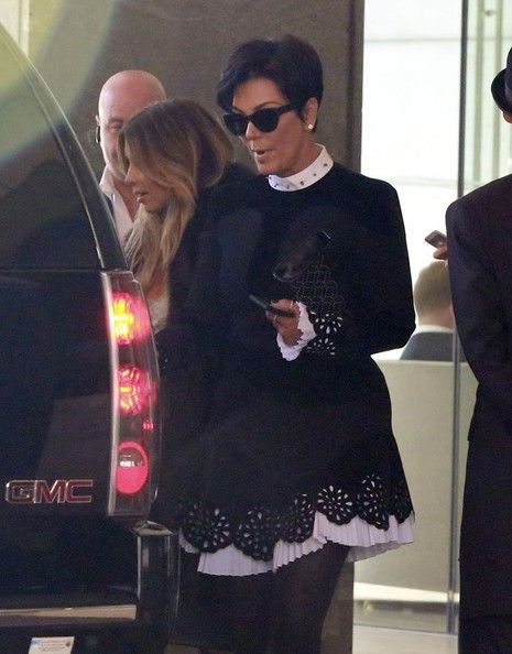 Kris Jenner - Kim Kardashian and Her Mom Leave Their SF Hotel