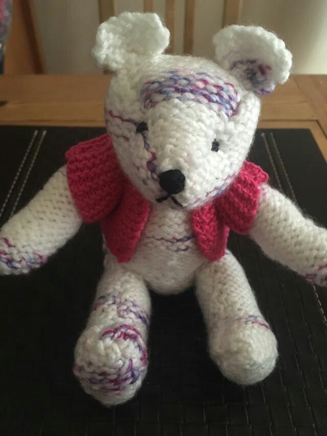 My first knitted teddy bear ❤