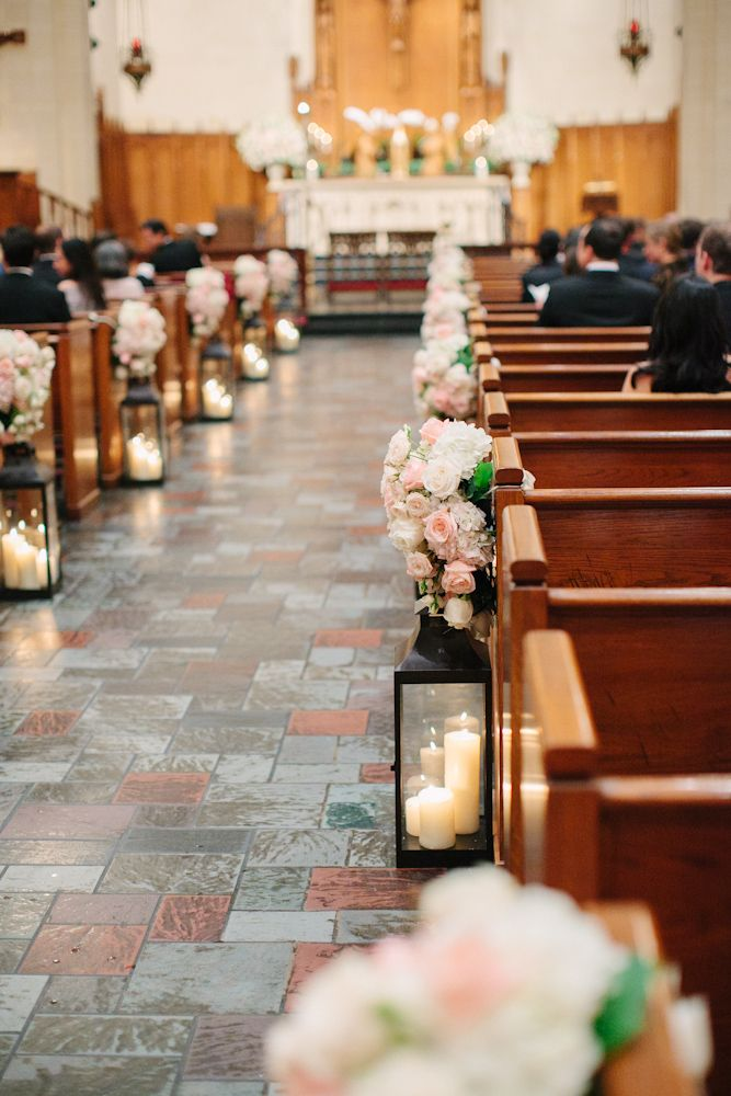 Beautiful aisle decor complete with lanterns and blush and white pew markers / www.keelythorne.com / Nancy Aidee Photography