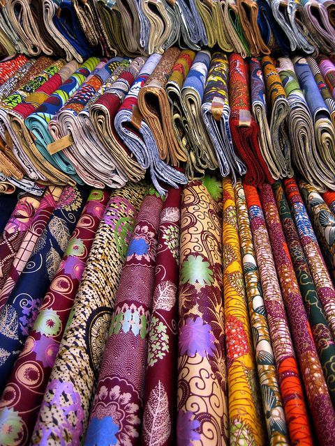 West African Fabric markets in Dakar #Textile #Pagne #Wax