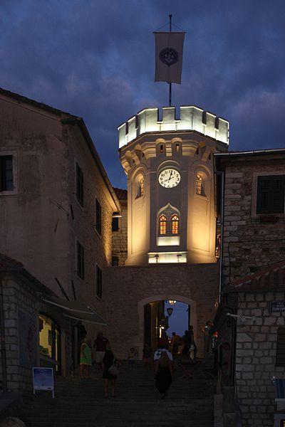 :Herceg Novi, Montenegro - old town gate.- Old town gate at night