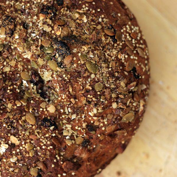 Overnight No-Knead Multi-Grain Bread from bobvivant.com
