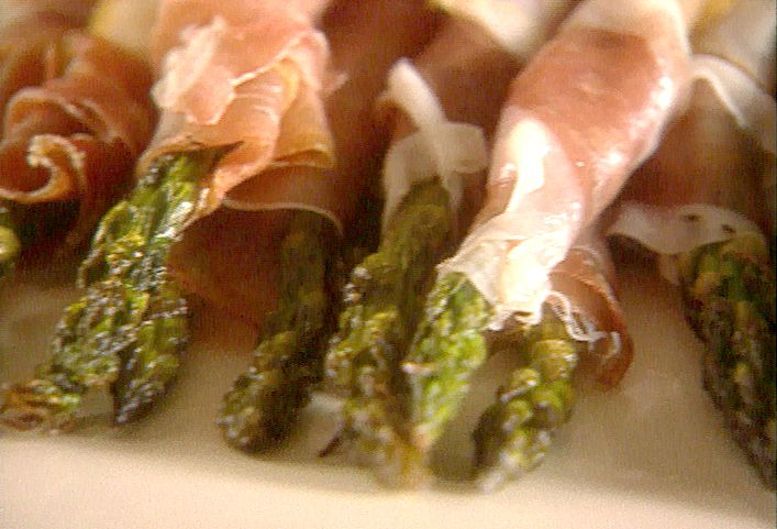 Roasted Asparagus Wrapped in Prosciutto recipe from Giada De Laurentiis via Food Network