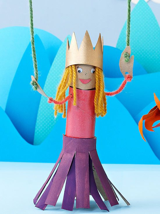 A simple princess marionette #craft will let your kids can put on a royal puppet show! Get DIY instructions. toilet paper roll craft
