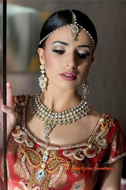 bridal-pearls-gemstone-jewellery