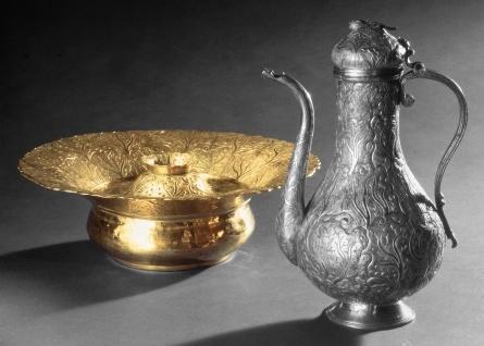 Passover laver   Istanbul  THE JEWISH MUSEUM   New York #ivankatrumshop